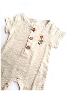 Boho Baby Clothes, Modern Baby Clothes, Baby Clothes Storage, Neutral Baby Clothes, Handmade Baby Clothes, Baby Kids Clothes, Clothing Storage, Toddler Outfits, Baby Boy Outfits