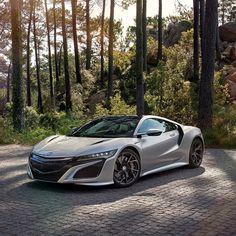 #Dream4You di oggi è #Honda #NSX che segna il ritorno di Honda tra le supercar! motorsquare.eu/it  #autogespot #supercarsdaily700 #supercar #supercars #car #cars #cargram #carporn #carsofinstagram #carswithoutlimits #amazingcars247 #exotics #hypercars #automotivegramm #sportscars #carinstagram #fast #carlifestyle #carlife #Itswhitenoise #IGCar #superexoticscars #speed #road #wheels