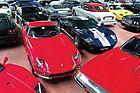 Rund 850 Autos, Fahrräder, Motorräder, Schiffe, Automobilia und Ersatzteilpakete wurden RM/Sotheby's zwischen dem 25. und 27. November 2016 anlässlich der Milano AutoClassica in einer dreitägigen Marathon-Versteigerung unter den Hammer gebracht, 422 Autos, darunter gepflegte Edelklassiker wie ein Ferrari 275 GTB/6C, aber auch Restaurationsobjekte vom Typ Lancia Flaminia oder Maserati Ghibli. Es war fast wie im Tollhaus, 6000 Bieter kämpften verbissen um teilweise rudimentäre Fahrzeu...