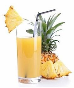 Pineapple juice stain removal guide for clothing, upholstery and carpet, with step by step instructions {on Stain Removal Drinks With Pineapple Juice, Juice Drinks, Juice Smoothie, Healthy Drinks, Smoothie Recipes, Cocktails, Cocktail Drinks, Pineapple Benefits, Rum