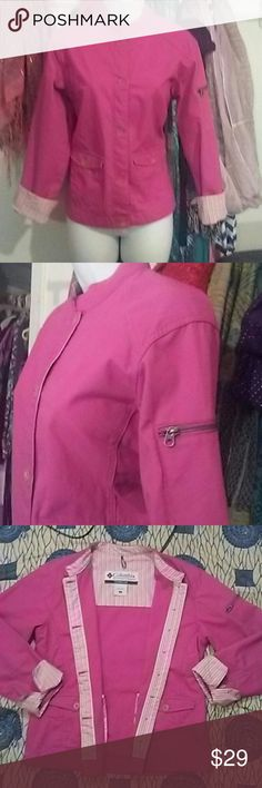 Women's SM Columbia Sportswear Co. Jacket ?Women's Small Columbia Pink, Button-Down, Long Sleeve, Fitted Jacket.  In NEW condition.  Pictures do not do justice bc the lighting is off.   100% Cotton. Cute zipper on upper left sleeve and has pretty pink colorful stripes inside jacket.  I bought & never wore. It's just been in my hall closet.  Clean and ready to sell.   Size tag says SM but definitely can fit a medium for sure 100%! Columbia Jackets & Coats Utility Jackets