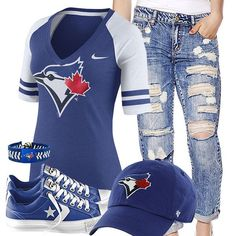Going to the blue jays game in Friday Toronto Blue Jays Converse Outfit Milan Fashion Weeks, New York Fashion, Teen Fashion, Runway Fashion, Fashion Models, Fashion Trends, London Fashion, Sport Outfits, Summer Outfits