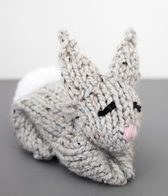 One Square Knit Bunny - Gina Michele Animal Knitting Patterns, Crochet Patterns, Jumper Patterns, Sewing Patterns, Knitting Projects, Crochet Projects, Knitting Tutorials, Yarn Projects, Knitting Ideas