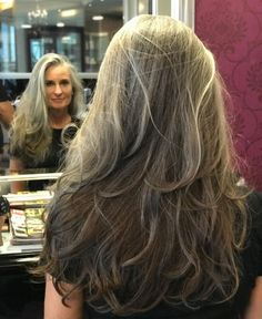 Gorgeous Long Layered Dark Ash Blonde Hairstyle - Gray Is Beautiful - Cheveux Long Silver Hair, Long Gray Hair, Grey Hair Over 50, Curly Hair Styles, Natural Hair Styles, Grey Hair Inspiration, Dark Ash Blonde, Gray Hair Highlights, Gray Hair Growing Out