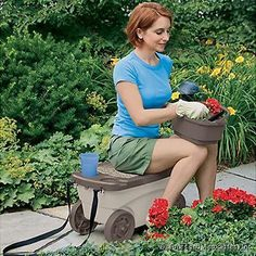 Suncast Garden Cart Storage Seat Portable GDS200