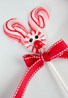 Rudolph Pops...sweet candy cane lollipops that the kids will love to make and eat!