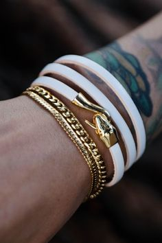 So many trendy, leather bracelets to choose from!