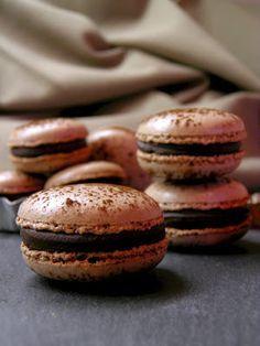 Csokoládé Reformer: Csokis macaron Macarons, Cookies, Blog, Hungary, Mint, Biscuits, Macaroons, Blogging, Cookie Recipes