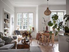 living room. Home Interior Design, Apartment Inspiration, Living Room Loft, Simple Interior, Home, Interior Design Living Room, Interior, Contemporary Bedroom Design, Home Decor
