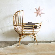 MOBILIER VENDU Découvrez une partie du mobilier rénové et vendu de l'atelier du petit parc depuis nos débuts en 2010.