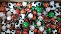 Chaveirinho tema esportes bolas de varios esportes, o cliente pode escolher a quantidade e o modelo que desejar. R$ 2,00