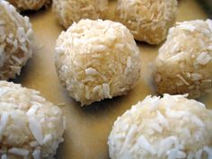 Food Matters Raw Lemon & Coconut Blissful Balls Recipe!
