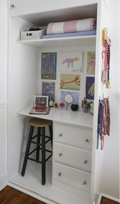 Real Rooms, Real Style: 20 Kids' Workspaces