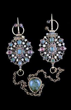 morocco fez pair of connected fibula gold gemstones pearls ca early century pg bijoux du maroc by marie rose rabat jean louis thau