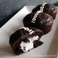 so yummy, homemade hostess cupcakes