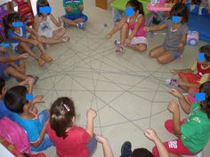 παιχνιδοκαμώματα στου νηπ/γειου τα δρώμενα: παιχνίδια γνωριμίας !!! Beginning Of School, First Day Of School, Primary School, Back To School, Summer School Activities, Learning Numbers, Kindergarten, Kids Rugs, Blog