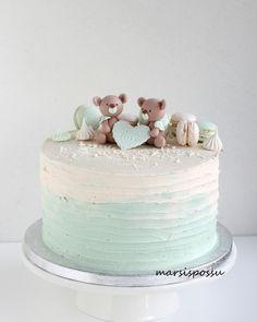 Girls First Birthday Cake, Cute Birthday Cakes, Beautiful Birthday Cakes, Gateau Baby Shower Garcon, Mickey And Minnie Cake, Teen Cakes, Fresh Flower Cake, Drip Cakes, Baby Shower Cakes