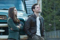 Alexa Davalos and Luke Kleintank in 'The Man in the High Castle.' (Credit: Amazon Studios).