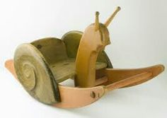 Caracol mecedora en madera
