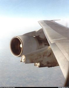 """iamt-roy: """"A Boeing 747 had a crack in its engine mount and had no spares, so the technicians removed the entire engine and put it in the main deck, resulting in this. All Airlines, Cargo Airlines, Boeing Aircraft, Aircraft Engine, Commercial Plane, Commercial Aircraft, Aviation Accidents, Aircraft Maintenance, Airplane Photography"""