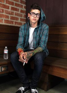 t mills shirtless | alternative, hipster, t mills, t. mills, tattoo - inspiring picture on ...