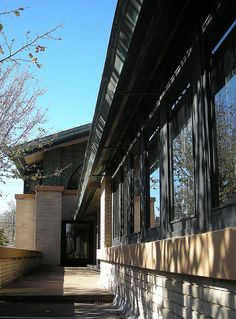 Frank Lloyd Wright Prairie Style. Dana-Thomas House. 1902. Springfield Illinois.
