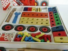 Volgens mijn hadden we dat op de kleuterschool. My Childhood Memories, Sweet Memories, Retro Toys, Vintage Toys, 90s Kids, Kids Toys, Nostalgia 70s, Good Old Times, Old Love