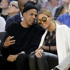 #Beyonce & Jay Z at the Thunder Vs Warriors game — Feb. 6th