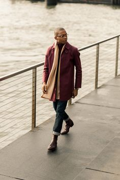 Mr. Okafor shows that even when it is cold outside, you can enjoy a warm healthy stroll outside and still look sophisticated. Complementing his outfit with the Cashmere Scarf from the Crivelli Collection. #FisherWoordes #FW #Crivelli #Cashmere #Scarf #Style #Fashion #MenStyle #MensWear #OOTD #Quality #Refined #Timeless #Sophisticated #Simplicity #HandMade #MadeInItaly
