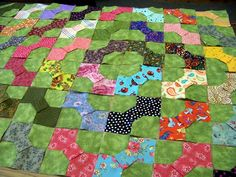 bow tie quilt tutorial - Google Search, Like the layout, reminds me of trip around the world.