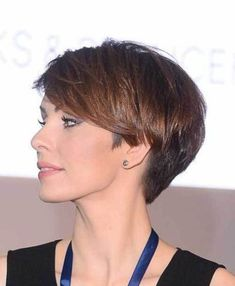 Today we have the most stylish 86 Cute Short Pixie Haircuts. We claim that you have never seen such elegant and eye-catching short hairstyles before. Pixie haircut, of course, offers a lot of options for the hair of the ladies'… Continue Reading → Girls Short Haircuts, Short Haircut Styles, Cute Hairstyles For Short Hair, New Haircuts, Pixie Hairstyles, Curly Hair Styles, Short Styles, Quick Hairstyles, Pelo Pixie