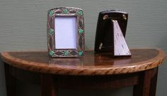 PHOTO FRAMES Carriage Clocks, Arts And Crafts House, Photo Craft, Mantle, Dollhouse Miniatures, Frames, Inspirational, Dolls, Silver