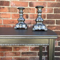 Smokin'!! We're in love with how great this metallic finish by The Painted Bench looks on this table and matching set of ceramic candle sticks. They've used the color Smoke from our Metallic Paint Collection for a beautiful and lustrous finish!