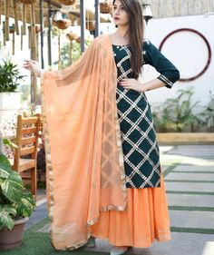 Indian kurta dress With dupatta pant Flare Top Tunic Set blouse Combo Sharara Designs, Patiala Suit Designs, Kurta Designs Women, Kurti Designs Party Wear, Dress Indian Style, Indian Dresses, Pakistani Dresses, Punjabi Dress, Punjabi Suits Designer Boutique