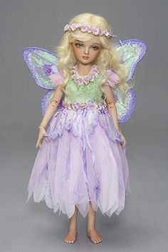 Tiny Fairy Costumes & Wings: 1) http://www.antiquelilac.com/tiny-fairies---costumes-and-wings---tutorial.html 2) http://www.antiquelilac.com/uploads/5/1/5/1/5151368/tiny_fairy_patterns_pdf.pdf