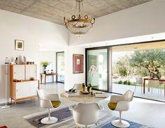 Mid-century modern, Italian Villa