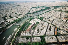Paris / photo by Tuan Minh Pham
