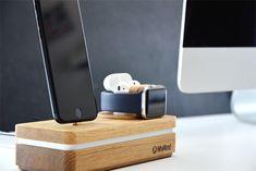 Akku laden mit Dockit von Whywood für Smartphones und Apple Produkte. Akku laden mit Stil! Die Holz-Ladestationen von WhyWood werden in der Schweiz von Hand geschliffen, geölt und zusammengebaut. Jede ein Unikat. www.whywood.ch #whywood #dockit #ladestation #akkulader #smartphones #iphonex #airpods #samsunggalaxy #powerbank #applewatch #ipadpro #appledock #iphone #applewatch #swissmade #wood #design #dockingstation #apple #lifestyle #iphone7  #swissness #handmade #designer www.wohn-punkt.ch