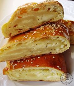 Syrová taška - will make soon! Veggie Recipes, Cake Recipes, Dessert Recipes, Desserts, Sweet And Salty, Bagel, Sandwiches, Food And Drink, Veggies