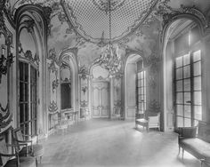William Clark Mansion, New York City, New York | The Office Library Was William's Private Retreat And Held Hundreds Of ...