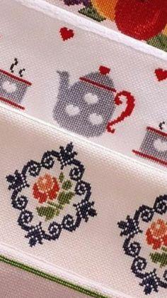 Ponto cruz Cross Stitch Borders, Modern Cross Stitch, Cross Stitch Flowers, Cross Stitch Kits, Cross Stitch Designs, Cross Stitching, Cross Stitch Patterns, Wool Embroidery, Cross Stitch Embroidery