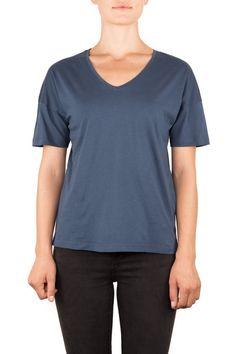 LOOSE | BIO-BAUMWOLLE T-SHIRT | Funktion Schnitt #organiccotton #tshirt #shirt #womensstyle #womenswear #fashion #womensfshion #look #funktionschnitt #casual #basic #vneck