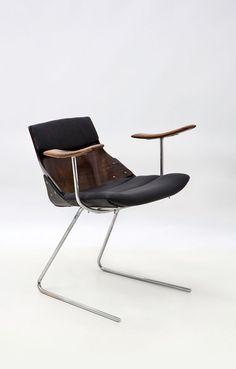 Jorge Zalszupin; 'Kanguru' Chair, 1970s.