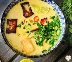 Idealna tajska zupa kokosowa Tom Kha - Eat'n travel with Ola - VeganLove - blog wegański z przepisami - wege przepisy Palak Paneer, Tofu, Nutella, Ramen, Smoothies, Eat, Ethnic Recipes, Blog, Smoothie