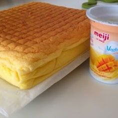 A moist sponge cake baked using the steam-baked method. The main characteristic of this cake is it can be baked with cold ingredients straig. Mango Chiffon Cake Recipe, Mango Cake, Yogurt Recipes, Tea Recipes, Ogura Cake, Cotton Cheesecake, Cotton Cake, Steamed Cake, Marmalade