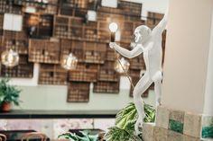 Seletti monkey Light in Restaurant  Huis Roodenburch Dordrecht. Interieurontwerpers Jolanda Branderhorst & Esther Canisius.