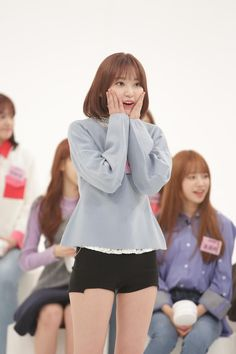 Sakura Miyawaki, Yu Jin, Japanese Girl Group, Kim Min, The Wiz, Korean Girl, My Girl, Hkt48, Clothes
