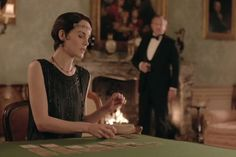 Lady Mary Premieres a New Hairstyle Befitting a Bond Villainess