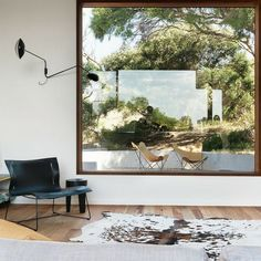 oversize windows (contemporary living room by Auhaus Architecture) Architecture Awards, Interior Architecture, Interior And Exterior, Interior Design, Architecture Journal, Lofts, Brighton Houses, Square Windows, Large Windows