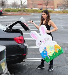 Jamie-Lynn Sigler is preparing for a very fun Easter holiday - complete with a giant bunny piñata she was seen purchasing in Long Island, New York on Wednesday Giant Bunny, Llama Birthday, Jamie Lynn, Pinata Party, Flamingo Party, Bunny Crafts, Ideas Para Fiestas, Easter Holidays, Floral Necklace